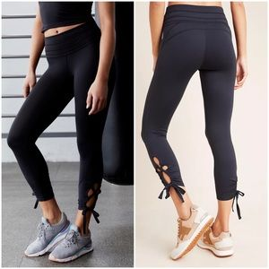 NEW FREE PEOPLE MOVEMENT SWERVE LEGGINGs